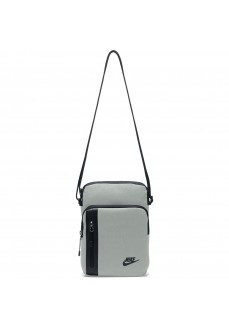 Bolsito Nike Tech Small Items Bag